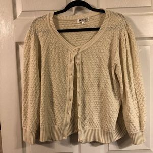 Ye Mac cardigan cream color